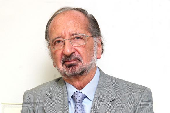 Dr. Juan Sabater